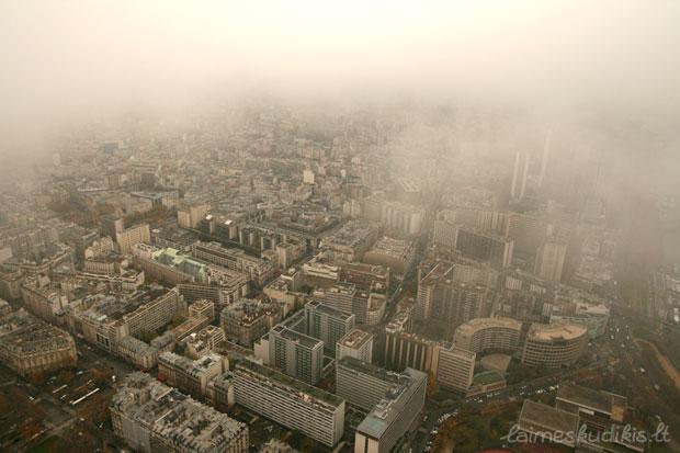 Paryžius iš debesies